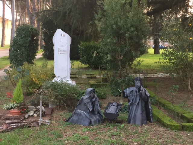 Monumento Caduti e presepe Natale 2016